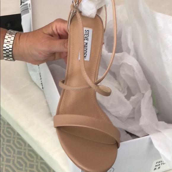 93954f11a2f NWT Steve Madden Feliz Dress Sandal NWT